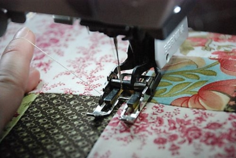 Learn how to quilt with a sewing machine